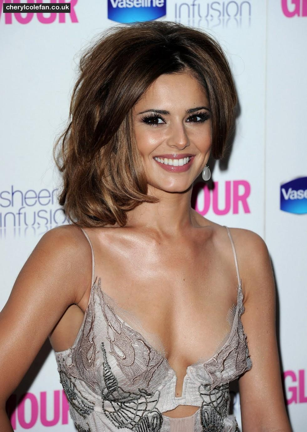 980_celebrity-paradise-com-max-cherylcole-london-lo-1567044075